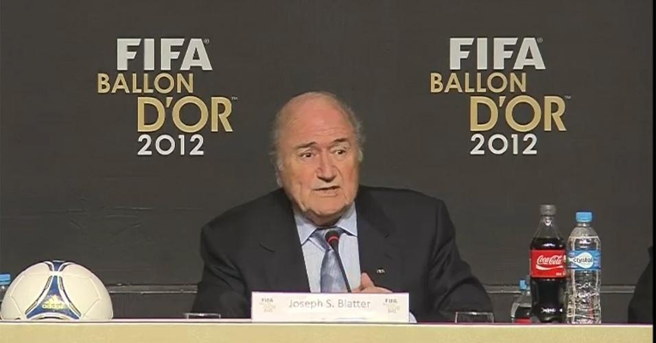 29.nov.2012 - Presidente da Fifa, Joseph Blatter, participa do anúncio dos indicados à Bola de Ouro em São Paulo