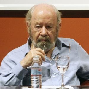 O escritor Jose Manuel Caballero Bonald participa de conferência da Fundação Caballero Bonald, na Espanha (3/9/10) - Javier Fernanzez/AP Photo