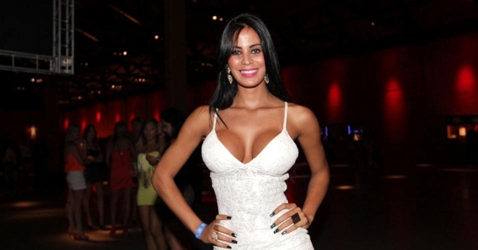 29.nov.2012 - A modelo Lorena Bueri, a Gata do Paulistão, em show do Gusttavo Lima no Villa Country, em São Paulo