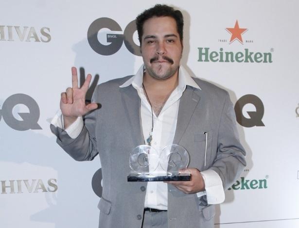 29.nov.2012 - Tiago Abravanel ganha o prêmio GQ Men Of The Year na categoria revelação, em cerimônia no Hotel Copacabana Palace, em Copacabana, Rio de Janeiro