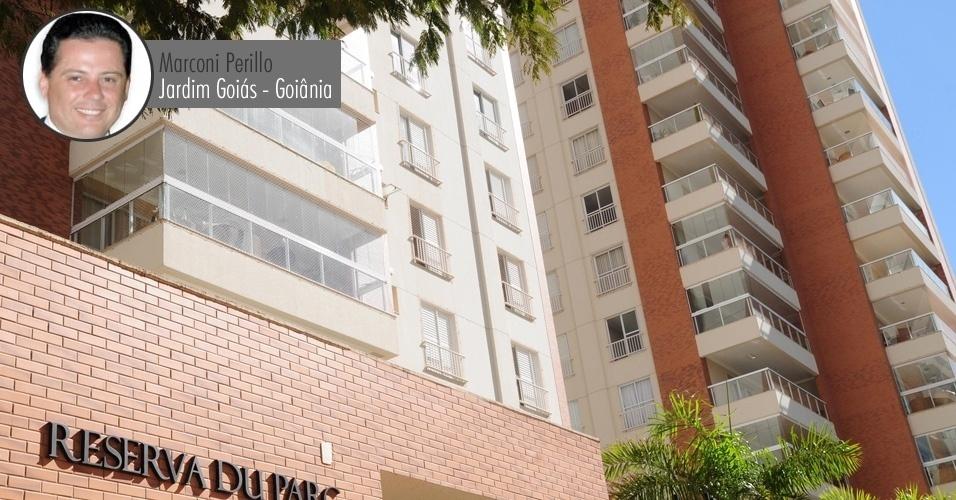 O governador de Goiás, Marconi Perillo (PSDB), é dono de um apartamento no condomínio Reserva Du Parc, que fica no Jardim Goiás, bairro de alto padrão de Goiânia. À Receita Federal, o governador declarou que o imóvel vale R$ 336 mil (o valor informado à Receita não está corrigido, por isso é inferior ao valor comercial atual)