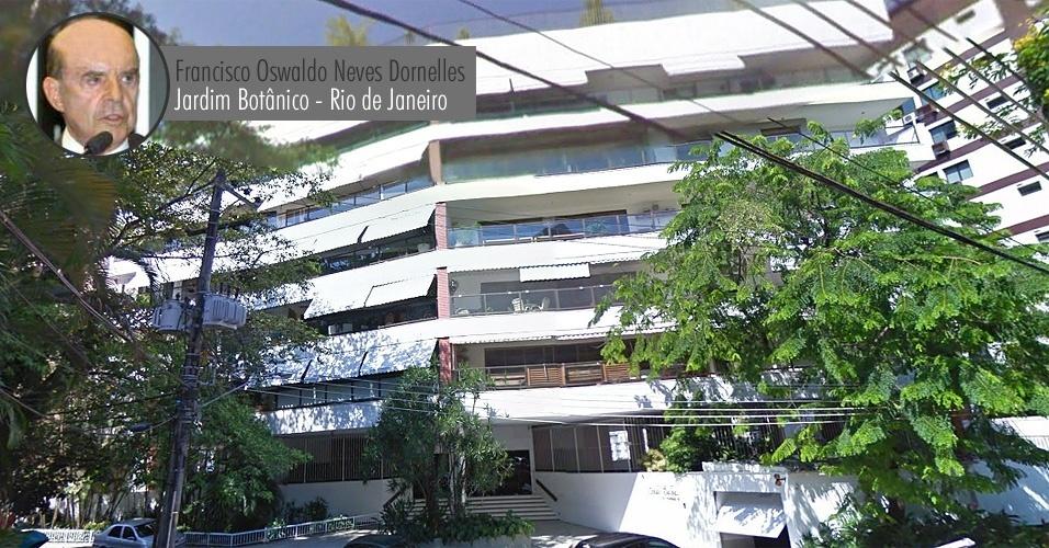 Prédio onde o senador Francisdo Dornelles (PP-RJ) possui apartamento, no Jardim Botânico, área nobre da zona sul do Rio de Janeiro