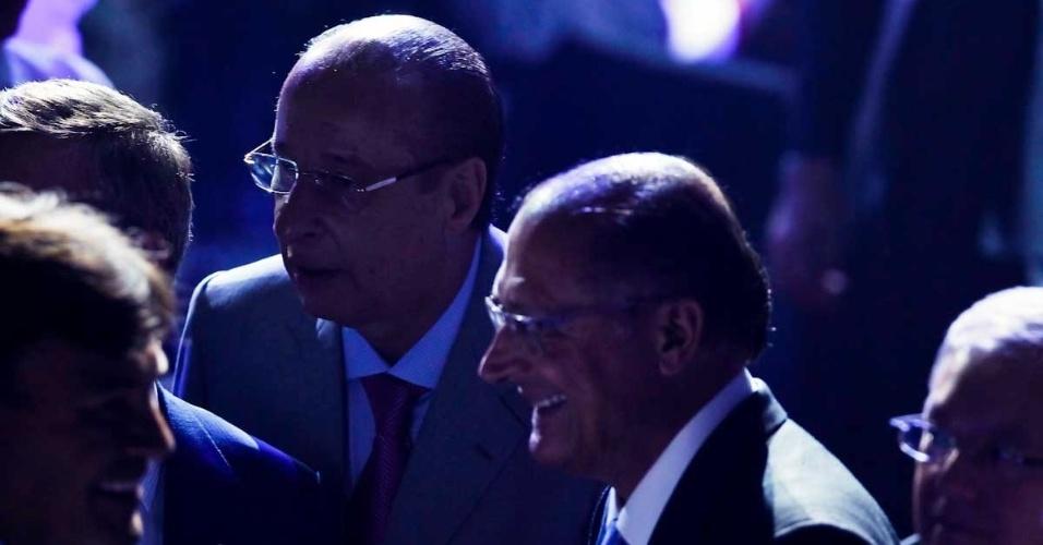 03.dez.2012 - Marco Polo Del Nero (esq.), presidente da Federação Paulista de Futebol, e Geraldo Alckmin, Governador de São Paulo, prestigiam a cerimônia do Prêmio do Brasileirão