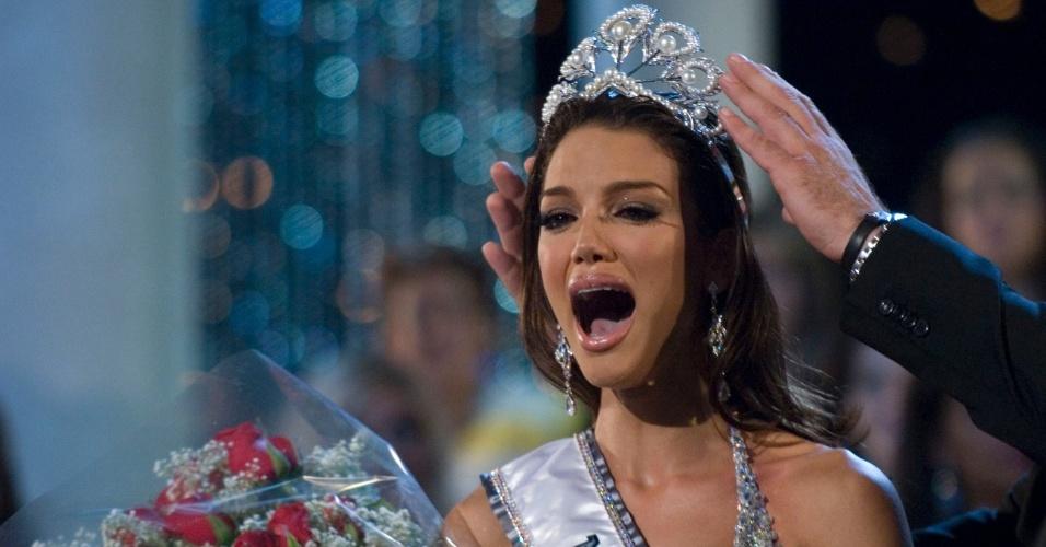 Zuleyka Rivera Mendoza, Miss Porto Rico, vence o Miss Universo 2006