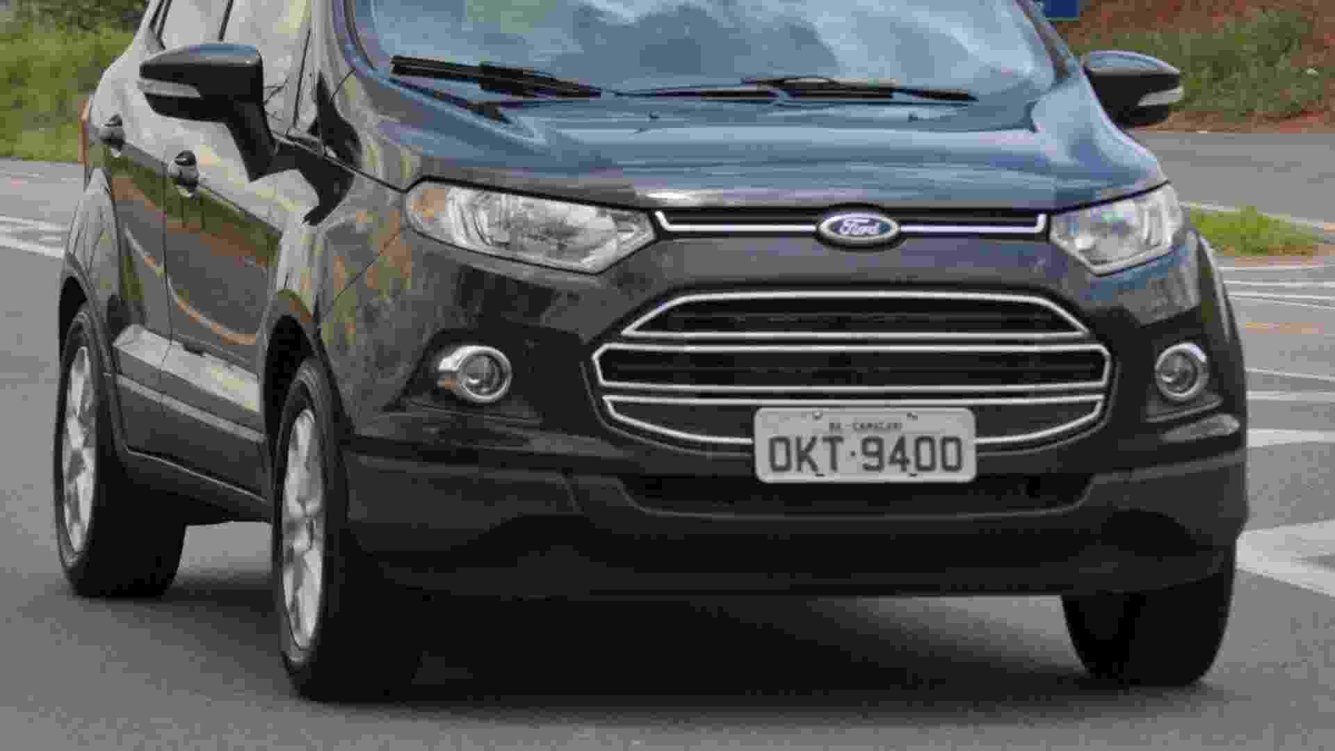 EcoSport FreeStyle 4WD e Powershift SE/Titanium - Divulgação