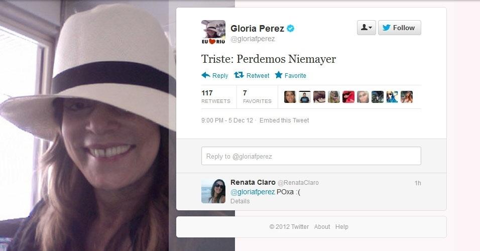"""5.dez.2012 - A escritora e autora de """"Salve Jorge"""", Gloria Perez, repercute a notícia da morte do arquiteto Oscar Niemeyer no Twitter"""