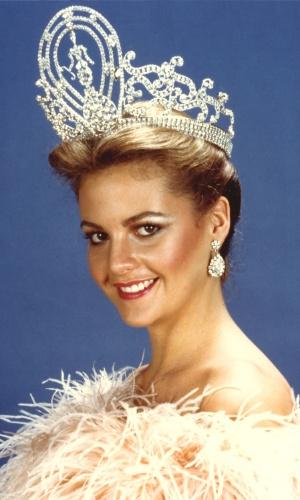 Irene Sáez, Miss Universo em 1981, foi candidata à Presidência da Venezuela em 1998, depois de ser eleita prefeita em Chacao em 1992 e governadora de Nueva Esparta em 1999