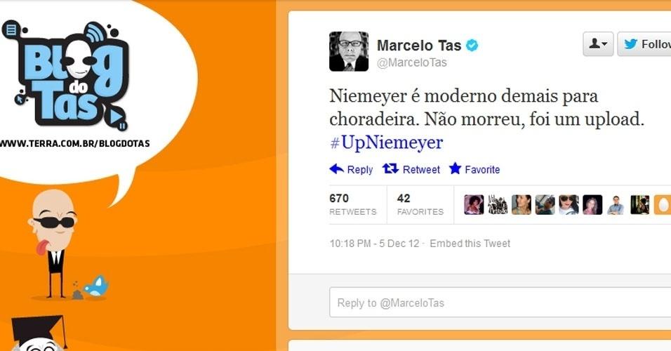 5.dez.2012 - O apresentador e comediante Marcelo Tas comenta sobre a morte do arquiteto Oscar Niemeyer no Twitter