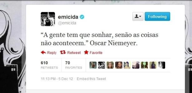 5.dez.2012 - O rapper Emicida publica no Twitter frase atribuída a Oscar Niemeyer