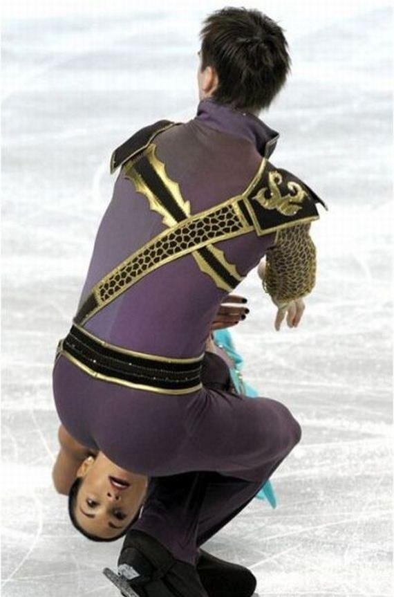 7.dez.2012 - 1 - A foto de patinação artística perfeitamente cronometrada