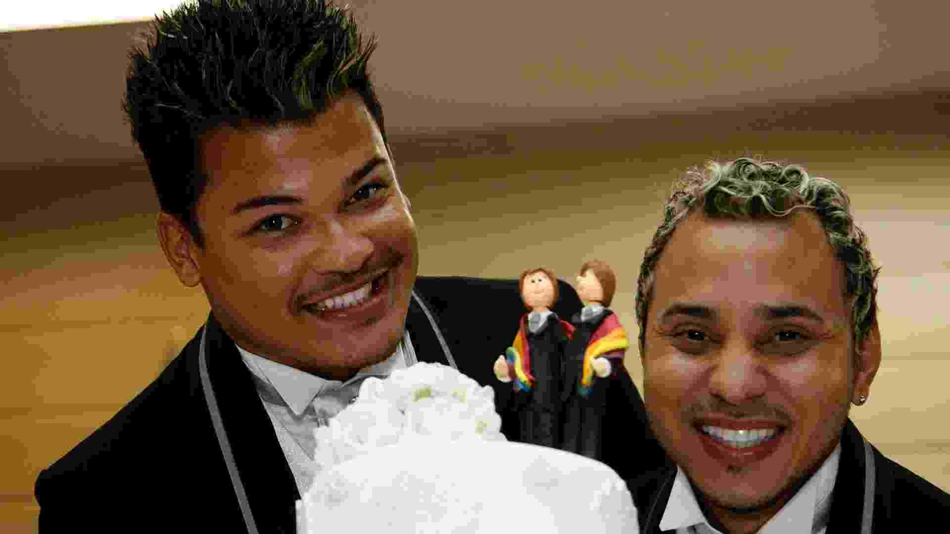 9.dez.2012 - A cerimônia coletiva de casais homossexuais uniu 92 casais, no auditório do Tribuanl de Justiça do Rio, no centro da capital fluminense - Marcelo de Jesus/UOL