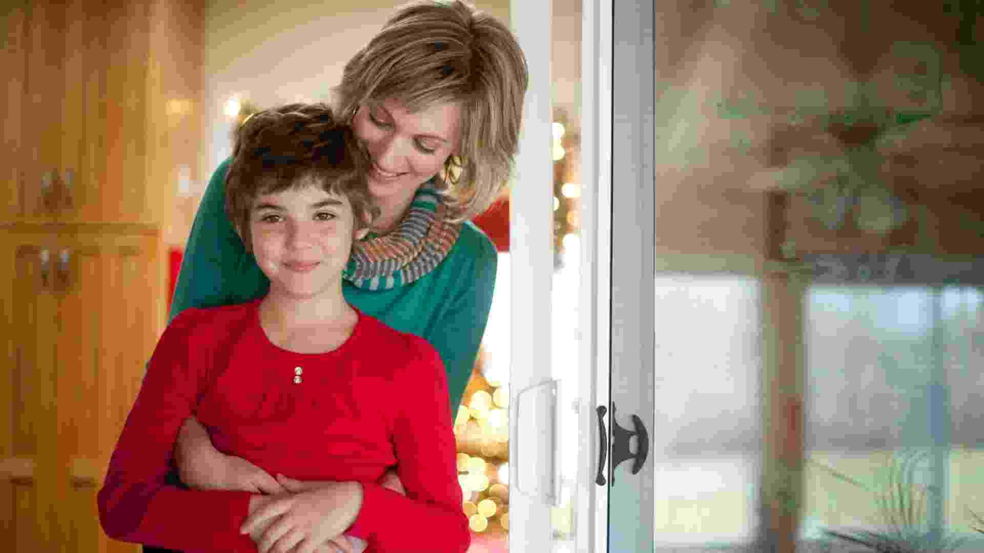 10.dez.2012 - Emma Whitehead, de 7 anos, teve remissão total da leucemia por messes depois de cientistas usarem vírus do HIV deficiente para reprogramar seu sistema imunológico para matar as células de câncer - Jeff Swensen/The New York Times