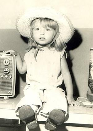Luciana Regina Vendramini nasceu em Jaú, interior de São Paulo, em 10 de dezembro de 1970