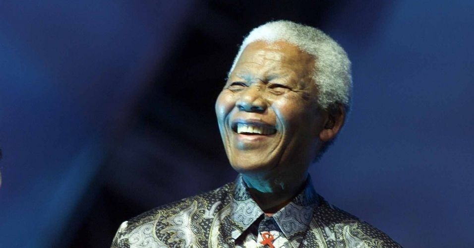 28.ago.2002 - Nelson Mandela no Wlater Dome onde fez discurso sobre a importância da água durante a Rio +10, Cúpula Mundial sobre Desenvolvimento Sustentável