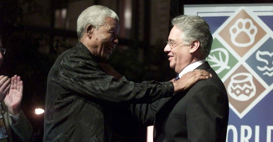 2.set.2002 - Nelson Mandela encontra o então presidente brasileiro Fernando Henrique Cardoso no lançamento do Congresso Mundial de Parques, em 2003, durante a Cúpula Mundial sobre o Desenvolvimento Sustentável