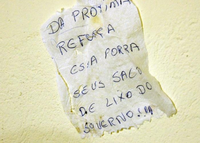 Bilhete deixado por fugitivos de presídio provoca governo da Bahia