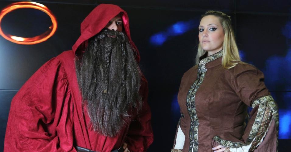 Roberta Quintilhos e seu namorado Leandro durante a pre-estreia de