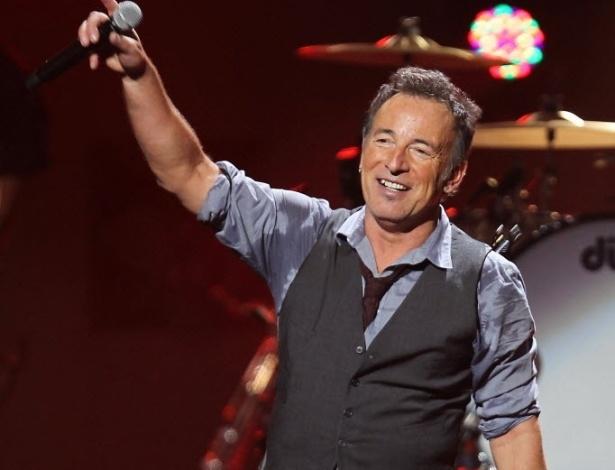 Bruce Springsteen se apresenta no Concert for Sandy Relief no Madison Square Garden, em Nova York, em dezembro - Dave Allocca/AFP