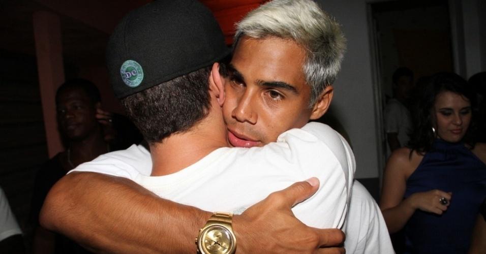 12.dez.2012 - Thiago Martins na festa de aniversário de Micael Borges, em casa de shows no Morro do Vidigal, no Rio de Janeiro