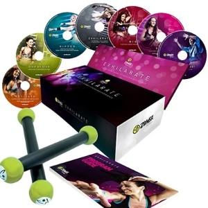 A coleção contém sete DVDs com ritmos internacionais e coreografias - Divulgação