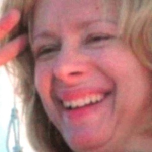Nancy Lanza, mãe de Adam Lanza, atirador que matou 26 pessoas em uma escola primária nos EUA na última sexta-feira (14) - Cortesia da família de Nancy Lanza/ABC News/Reuters