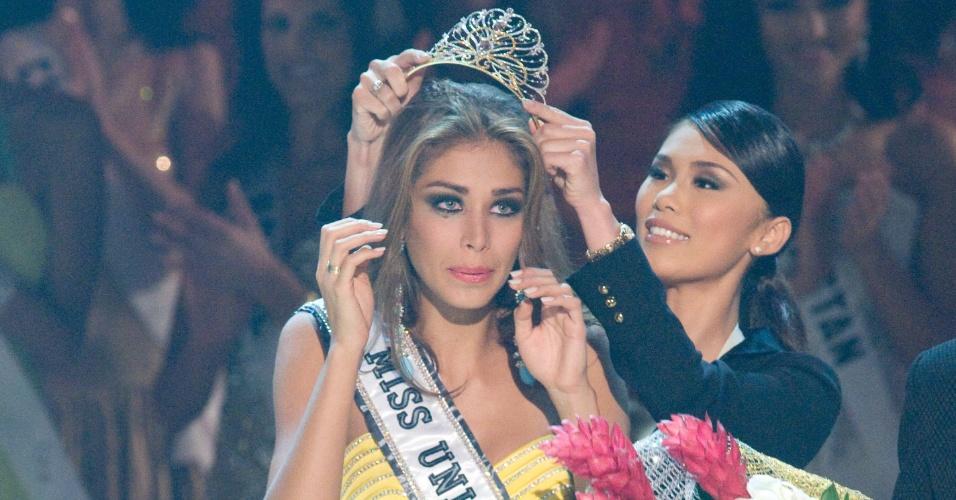 A venezuelana Dayana Mensdoza venceu o Miss Universo 2008, realizado no Vietnã