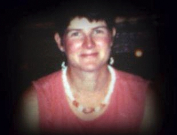 17.dez.2012 - A professora Anne Marie Murphy, 52, em foto divulgada no Facebook, foi uma das 26 vítimas do atirador Adam Lanza, 20, que invadiu a escola Sandy Hook, em Newtown, Connecticut (EUA), na sexta-feira (14) e matou 20 crianças e seis adultos