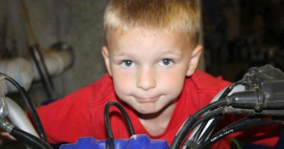 17.dez.2012 - Foto do facebook mostra o pequeno Chase Kowalski, uma das crianças mortas no massacre da escola primária Sandy Hook, em Newtown, Connecticut (EUA), na sexta-feira (14)