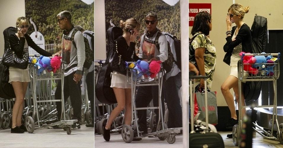 """17.dez.2012 - Sophia Abrahão e Micael Borges, da novela """"Rebelde"""", foram vistos em aeroporto do Rio de Janeiro. O empresário da atriz confirmou ao site da """"Caras"""" que o casal terminou o namoro de um ano"""