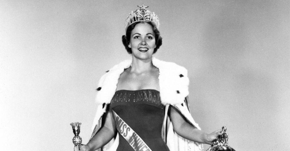 A americana Miriam Stevenson venceu o Miss Universo 1954, realizado na Califórnia, nos EUA. A brasileira Martha Rocha ficou em segundo lugar
