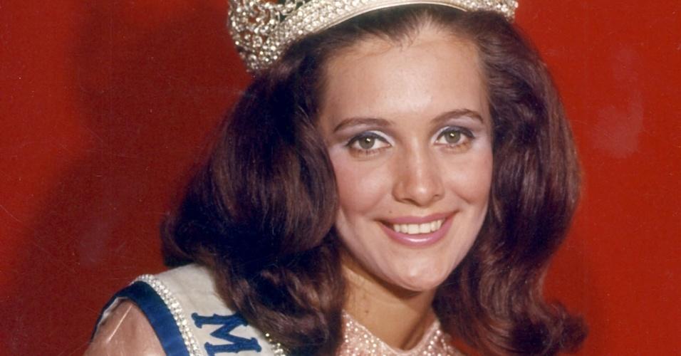 A brasileira Martha Vasconcellos venceu o Miss Universo 1968, realizado em Miami, nos EUA. Foi a segunda brasileira a conquistar a coroa