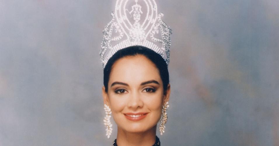 A mexicana Lupita Jones venceu o Miss Universo 1991, realizado em Las Vegas, nos EUA