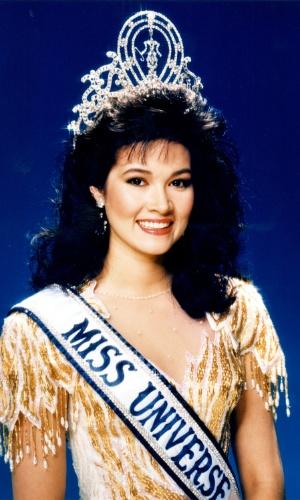 A tailandesa Porntip Nakhirunkanok venceu o Miss Universo 1988, realizado em Taipe, em Taiwan (China)