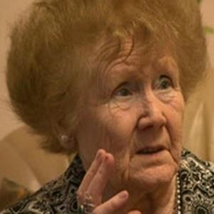 Aos 84 anos, Cath Gamester ouve seis músicas em sua cabeça todos os dias, sem parar - BBC