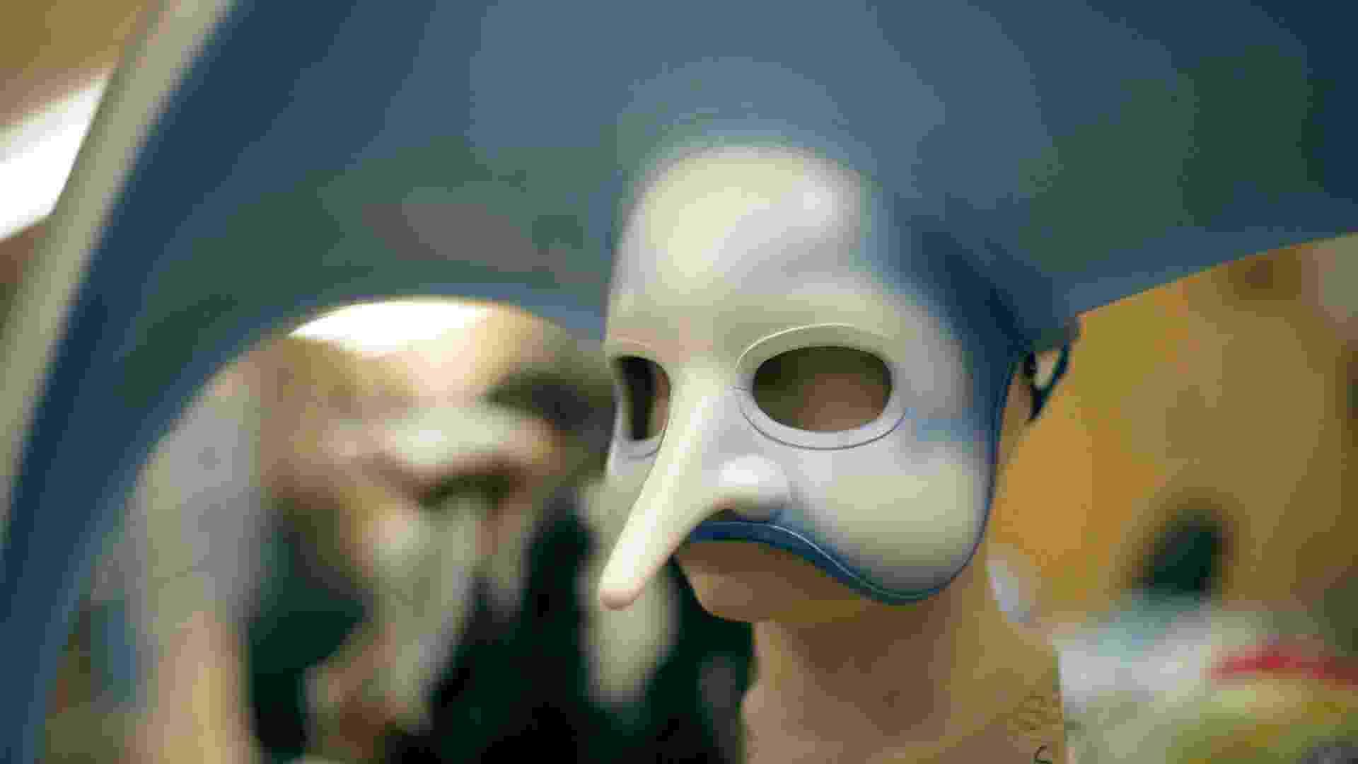 """Detalhe de máscara usada no espetáculo """"O"""", do Cirque du Soleil. O espetáculo também faz parte do filme em 3D """"Worlds Away"""", dirigido por James Cameron - Foto: Lucian Capellaro/Paramount Texto: Estefani Medeiros"""