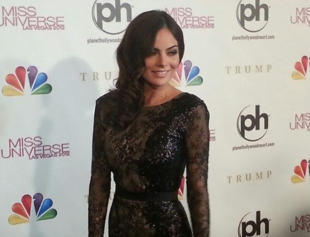 19.dez.2012 - A Miss Universo 2010, a mexicana Ximena Navarrete, chega ao tapete vermelho do Miss Universo 2012, em Las Vegas. Ela será uma das juradas do concurso