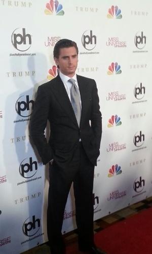 19.dez.2012 - Scott Disick, personalidade de TV, do canal E!, chega ao tapete vermelho. Ele faz parte do corpo de jurados