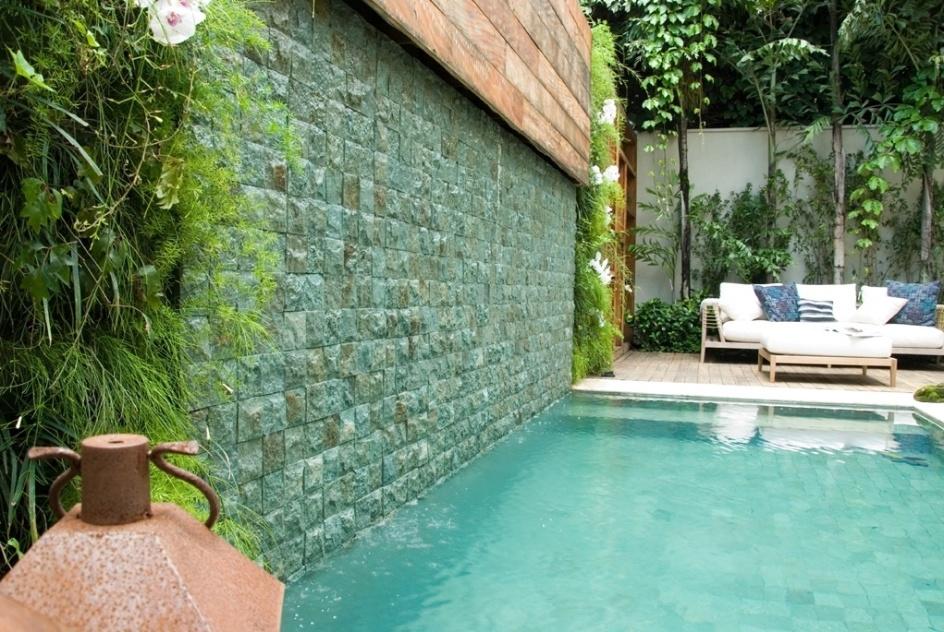 Fotos fontes e cascatas de diversos tamanhos e estilos for Estilos de piscinas
