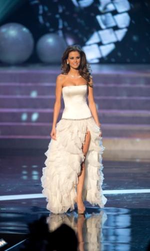 19.dez.2012 - Miss Hungria, Agnes Konkoly, desfila com traje de gala no Miss Universo 2012, realizado no hotel Planet Holywood, em Las Vegas. A candidata não foi aprovada no Top 5 do concurso