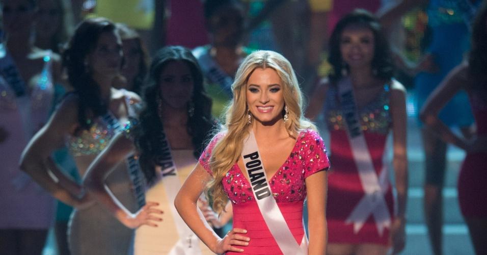 19.dez.2012 - Miss Polônia, Marcelina Zawadzka, se apresenta no Miss Universo 2012 realizado no hotel Planet Holywood, em Las Vegas. Ela está entre as 16 finalistas do concurso