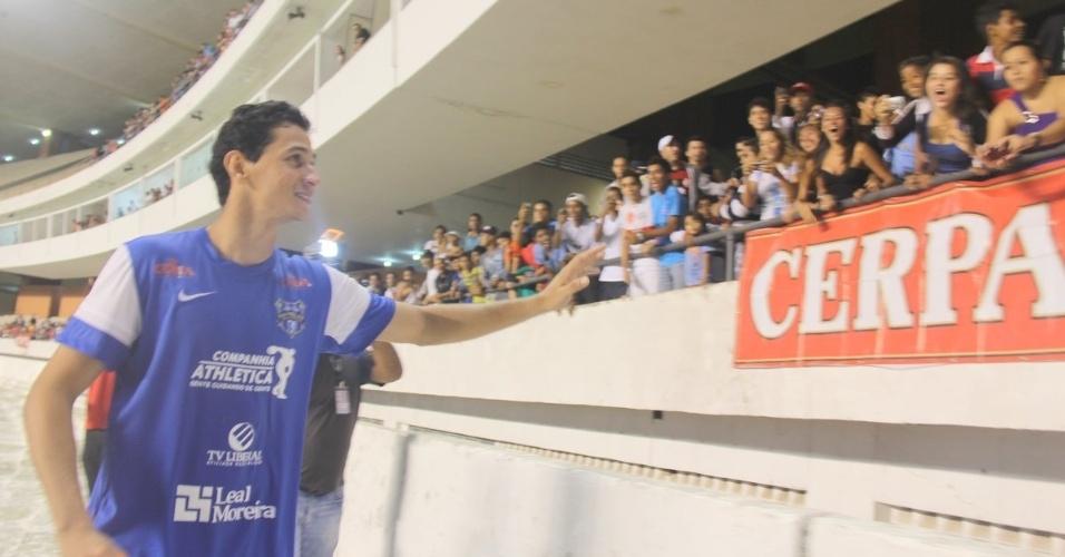 19.dez.2012 - O meia Paulo Henrique Ganso protagonizou nesta quarta-feira o quarto Jogo das Estrelas em Belém, no estádio Mangueirão