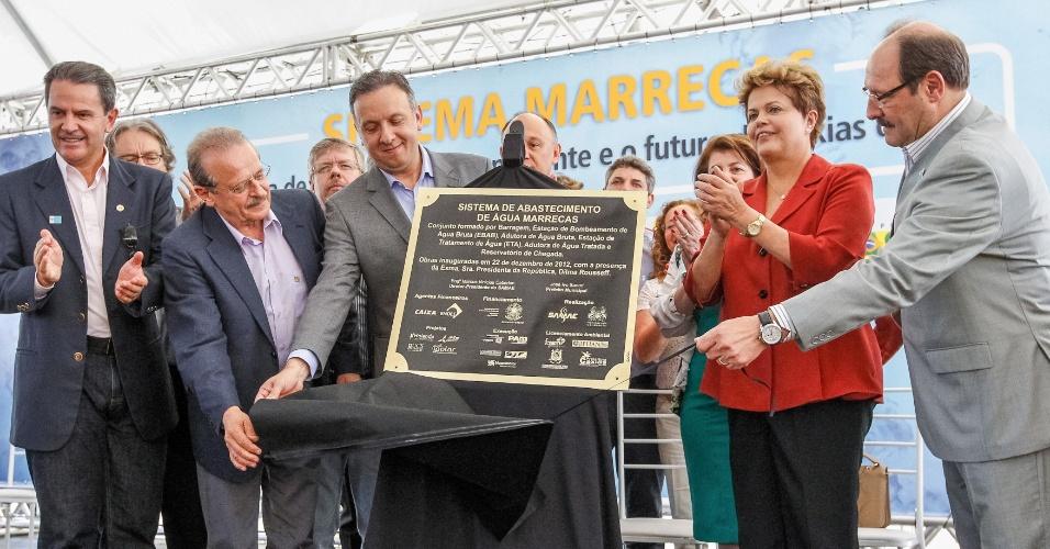22.dez.2012 - Dilma Rousseff participa da cerimônia de inauguração do Sistema de Abastecimento de Água Marrecas, em Caxias do Sul, no Rio Grande do Sul. Em seu discurso, a presidente voltou a dizer que espera que a economia cresça mais em 2013 e ressaltou a importância dos investimentos em infraestrutura