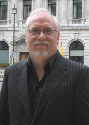 """26.dez.2012 - O roteirista de quadrinhos, cinema e TV J. Michael Straczynski, criador da série """"Babylon 5"""" - JMS/Divulgação"""