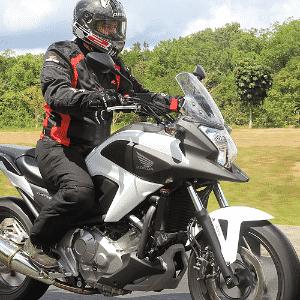 Honda NC 700X chega ao Brasil seis meses após ser lançada no exterior - Divulgação