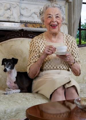 Observe os sinais que os idosos dão de que estão correndo riscos se continuarem a morar sozinhos - Thinkstock