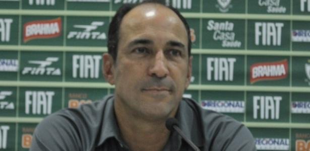 Ex-jogador do Figueira, Vinícius Eutrópio defendeu o América-MG entre 2012 e 2013