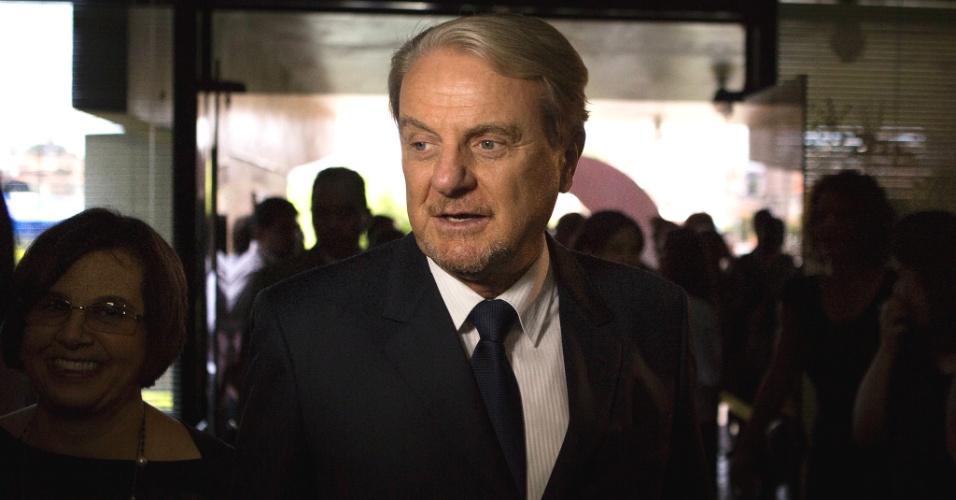 1º.jan.2013 - O prefeito reeleito de Belo Horizonte, Márcio Lacerda, chega à Câmara Municipal para sua cerimônia de posse