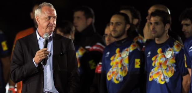 Cruyff insistia para que jogador corresse menos, mas com objetivo, declara Guardiola - AFP PHOTO/ LLUIS GENE
