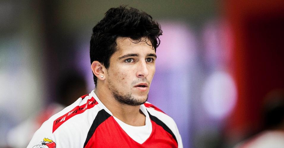 04.jan.2013 - Atacante Aloisio, recém-contratado pelo São Paulo participa de treino na academia do clube
