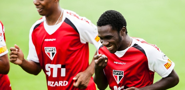 Negueba sofreu lesão em pré-temporada e jogou só cinco partidas no São Paulo - Leonardo Soares/UOL